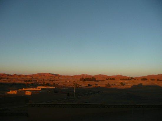 Kasbah Azalay Merzouga: De paseo en camello por las dunas de Merzouga