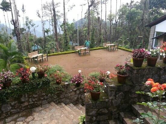 Kaivalyam Retreat: play area