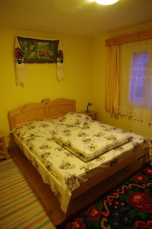 Casa Muntean: Lovely double bed room