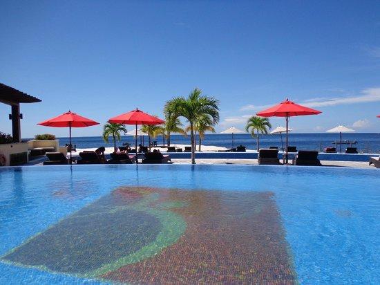 Buccament Bay Resort: Pool again