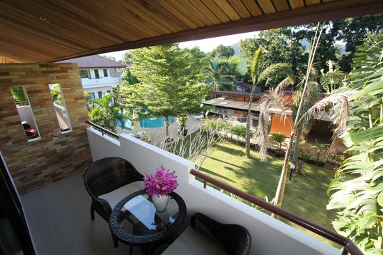 Babylon Pool Villas: Studio deluxe balcony view