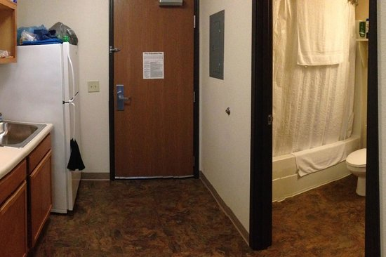 WoodSpring Suites Cleveland Mentor: Room view