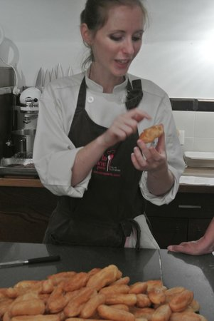 Le Dolci Foodie Studio: Our lovely choux teacher