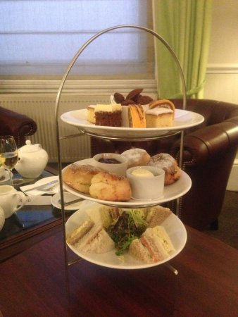 The Abbey Hotel: Afternoon tea