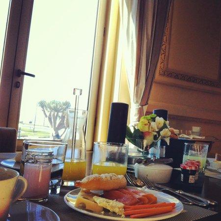 Sofitel Montevideo Casino Carrasco & Spa : Café da manhã reforçado