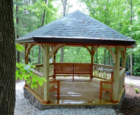 Gazabo picture of asheville cabins of willow winds for Tripadvisor asheville nc cabins