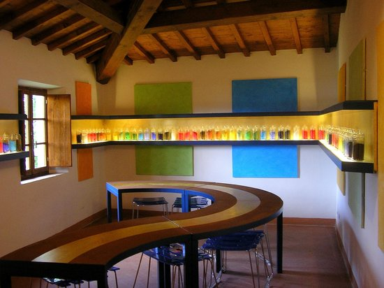 Casa Di Giotto: workshop colors
