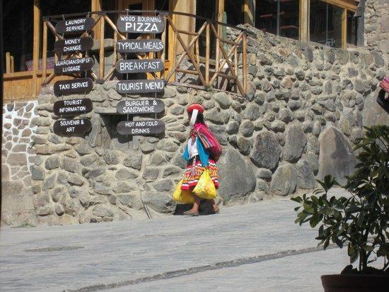 El Albergue Ollantaytambo: A street in Ollantaytambo