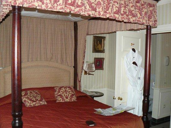 Stanhope Hotel: notre lit