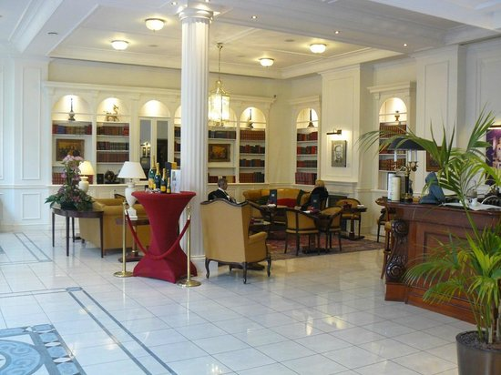 Stanhope Hotel: la reception