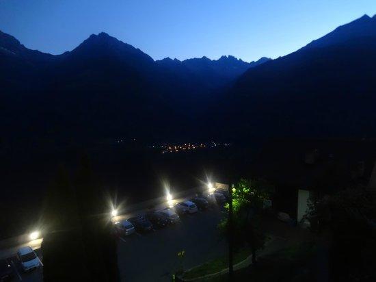 Osteria Anzonico: night view