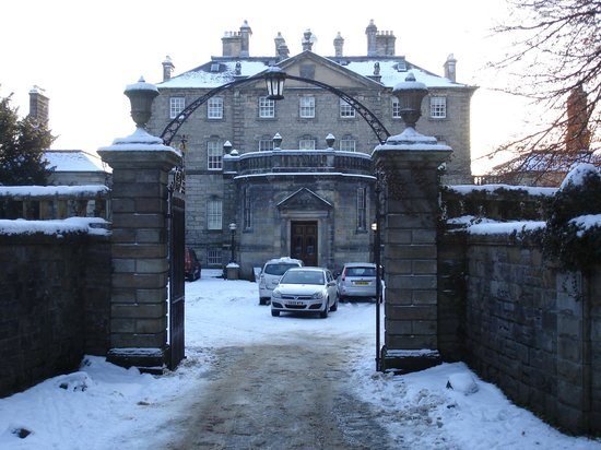 The Burrell Collection: Pollok House in winter