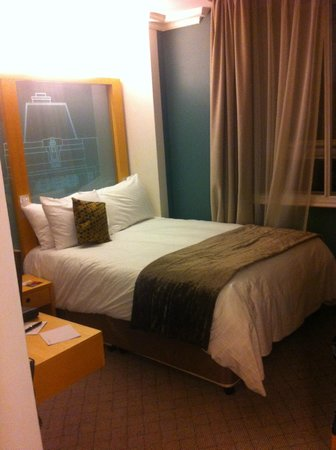 The Cumberland: Smart Room