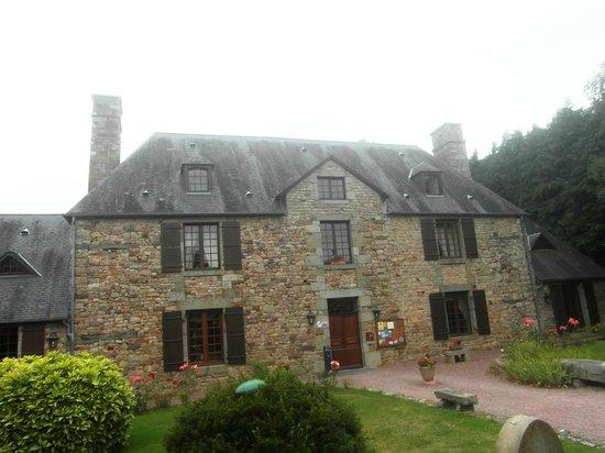 Le Manoir de l'Acherie : Main building with the restaurant