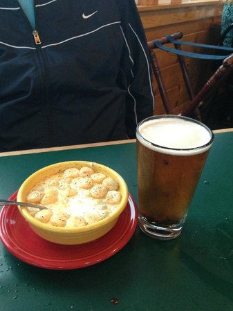 Billy's Chowder House: And drink
