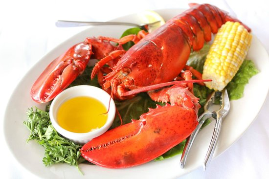 Jimmy's Island Grille: Lobster flown in from Maine