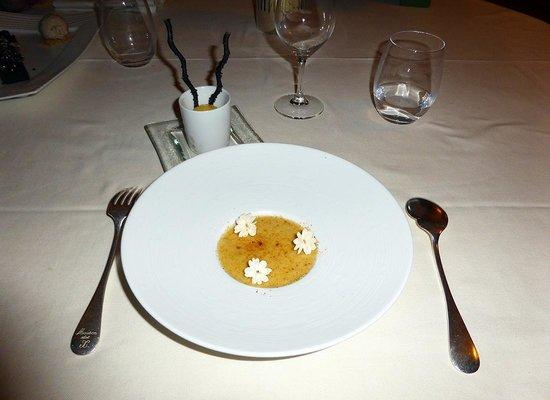Le Poulpry : mon dessert : crème catalane : extra !