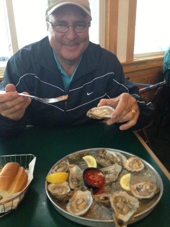 Billy's Chowder House: And enjoy