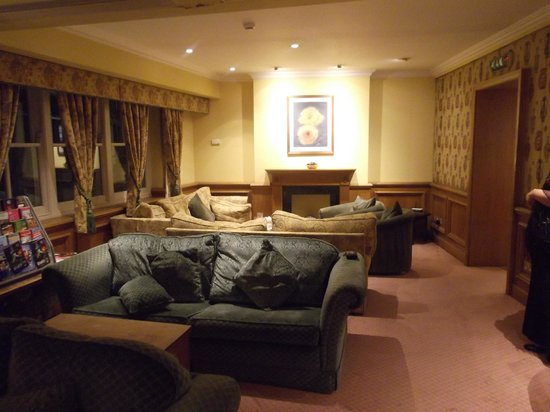 Villiers Hotel - Residents Lounge