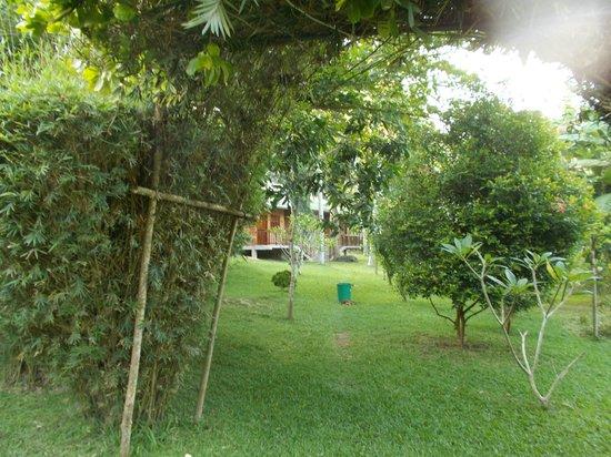 Sri Gemunu Beach Resort: Chalet1