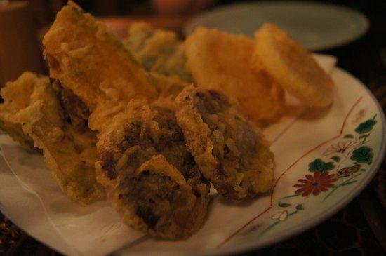 Yoshitsune Restaurant: Tempura veggies.