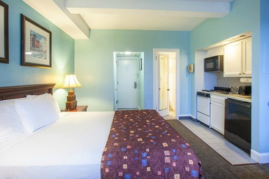 Legacy Vacation Resorts-Brigantine Beach: Studio