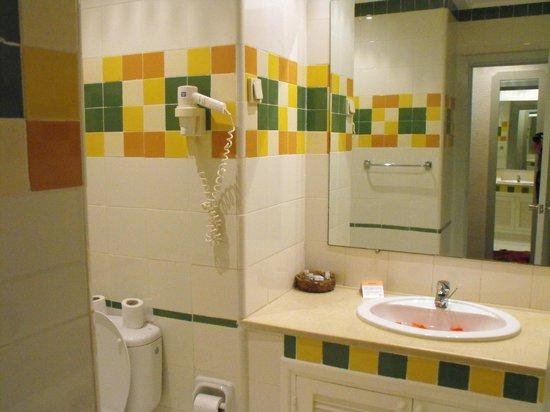 Zephir Hotel & Spa: Salle de bains