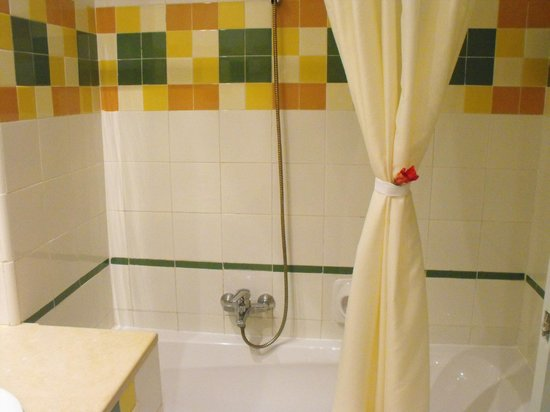 Zephir Hotel & Spa: baignoire