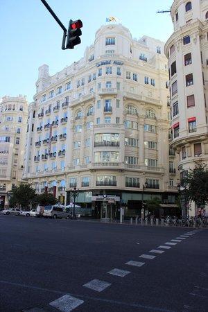 Melia Plaza : facciata dell'hotel