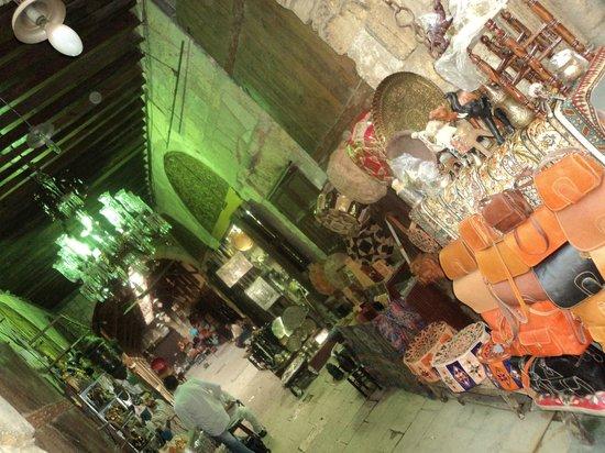 Khan Al-Khalili: Clothes shop