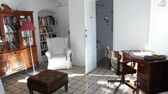 Hotel-balneari Sant Vicenc: Biblioteca y Cinemateca
