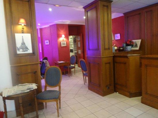 Hotel du Bresil : Área do café da manhã
