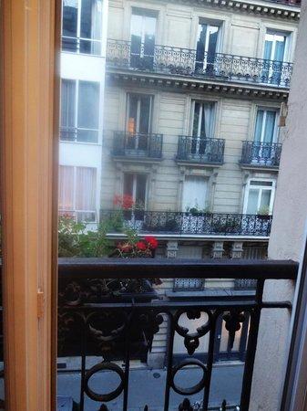 Hotel du Bresil : Vista do quarto