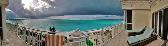 The Venetian on Grace Bay: Panoramic view of the penthouse deck - Suite 701