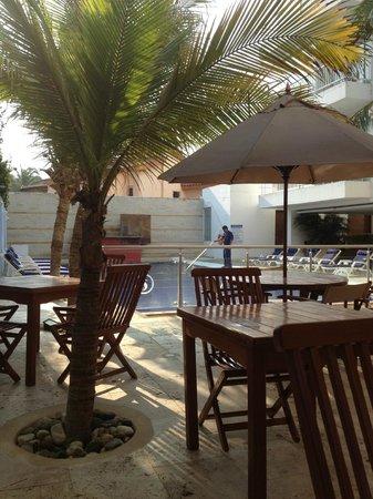Santorini Hotel Boutique Santa Marta: vista del comedor