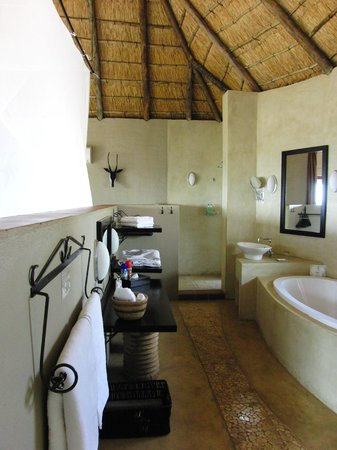 Ngoma Safari Lodge : Bad