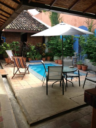 Casa Silas B & B: The best of indoor/outdoor living!