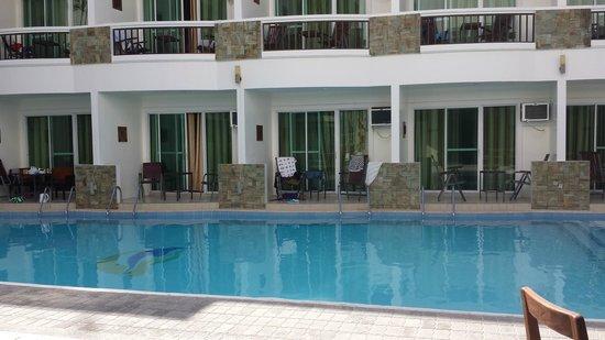Boracay Ocean Club Beach Resort: レストランから見た部屋