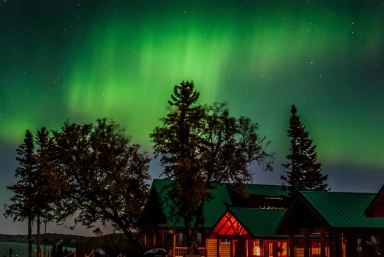 Cabins on the Bluff : Cabin under Aurora Borealis