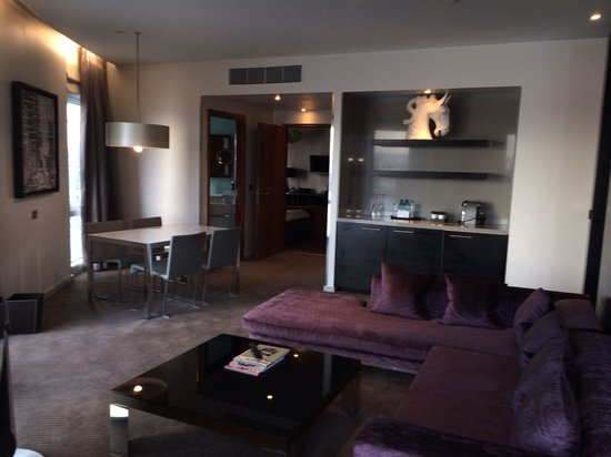 Radisson Blu Edwardian New Providence Wharf Hotel: The penthouse. Totally out of this world!!!