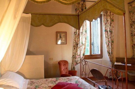 La Canonica di Cortine : Our bedroom, 1 of 3