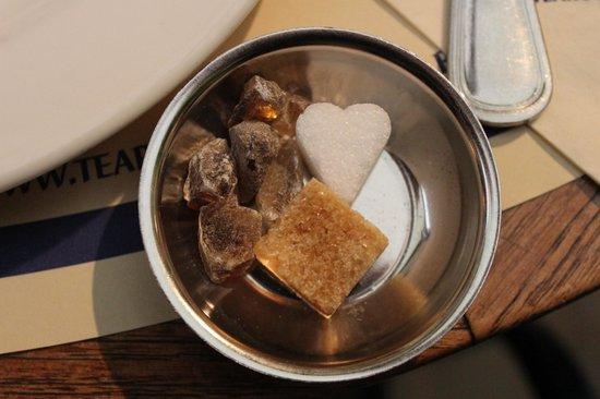 Tearoom Carpe Diem : Даже сахар в этом кафе очень милый
