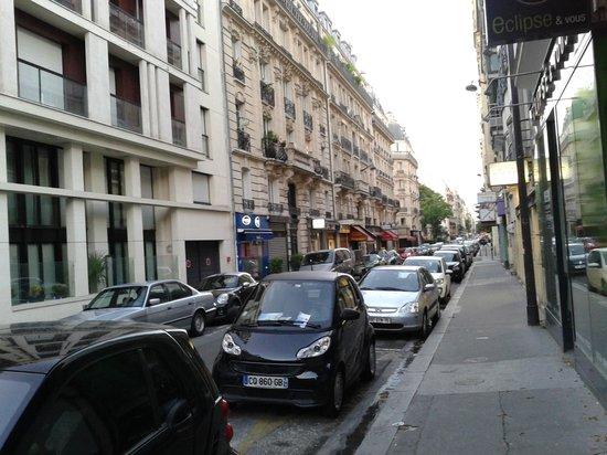 Hotel Regent's Garden: Вид Париж