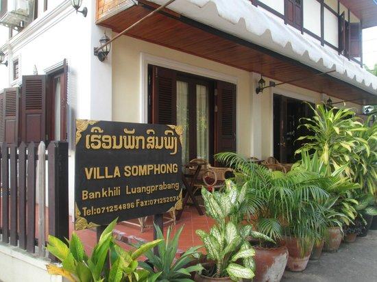 Villa Somphong: hotel