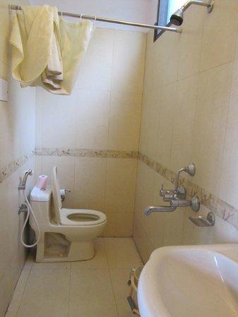 Mussoorie Gateway: salle de bains
