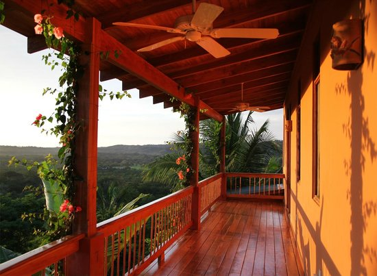 Costa Rica Yoga Spa : A suite balcony and the vast jungle below.
