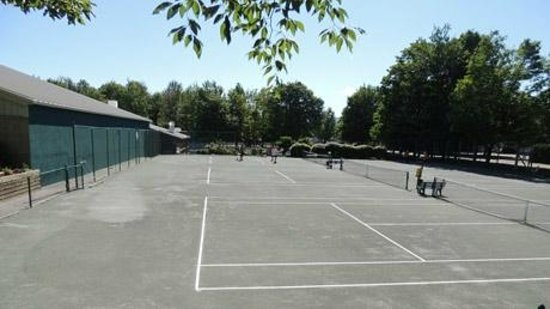 The Bridges Family Resort & Tennis Club: Pro Teaching Courts