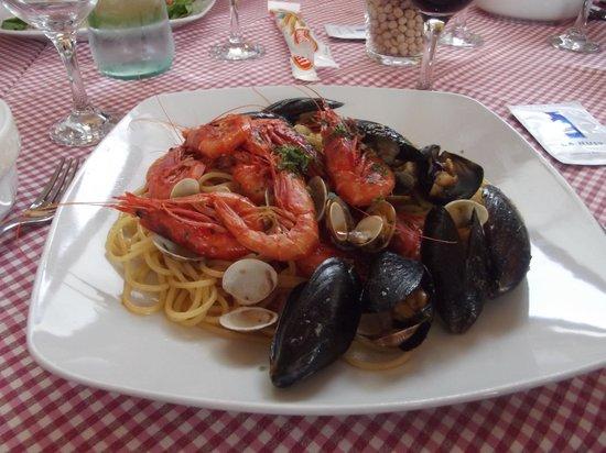 La Taverna dell' Etna: seafood pasta
