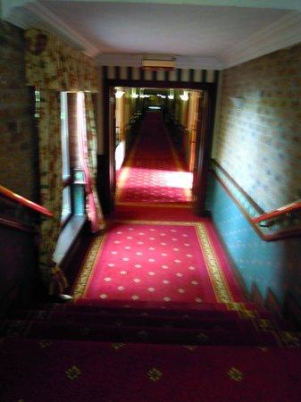 The Oakwood Hotel: Hallway