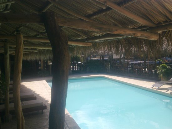 Hotel Coco Beach & Casino: piscina